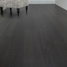 Wide plank wood flooring - Wood floors, people know, really beautiful. There is something about wood floors that put us at ease. Gray Wood Laminate Flooring, Black Wood Floors, Grey Hardwood Floors, Hardwood Floor Colors, Wood Tile Floors, Wide Plank Flooring, Engineered Wood Floors, Grey Flooring, Flooring Ideas
