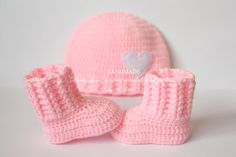 Crochet baby booties and hat set baby shoes boots by editaedituke