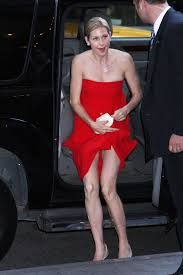 Kuvahaun tulos haulle Kelly Rutherford Kelly Rutherford, Gossip Girl, Strapless Dress, Shoulder Dress, Legs, Image Search, Van, Dresses, Fashion