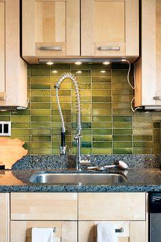 benoit-residence-kitchen-closeup-sink-tiled-wall