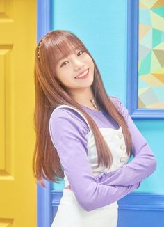 Kpop Girl Groups, Kpop Girls, Sakura Miyawaki, Japanese Girl Group, Fandom, Girly Pictures, Kim Min, K Idol, Korean Artist