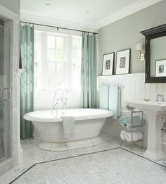 grey and white bathroom | blue, grey, and white classic bathroom