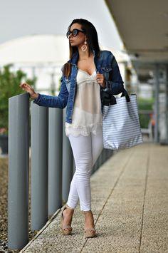 white, jeans, summer, luana de caro, fashionblogger, day, casual, 5wblog, deaf