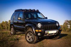 Jeep Liberty Renegade 3.7L Jeep Cherokee Accessories, Jeep Liberty Renegade, Badass Jeep, Cool Jeeps, Jeep Cars, Jeep Stuff, Offroad, Bar, Vehicles