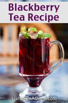 Blackberry Tea Recipe - 13 Homemade Flavored Tea Recipes<br> Homemade iced tea is a refreshing drink, especially on hot summer days! These homemade flavored tea recipes give you a lot of variety for tasty variations! Smoothies, Smoothie Drinks, Refreshing Drinks, Summer Drinks, Summer Parties, Blackberry Tea, Blackberry Juice Recipes, Homemade Iced Tea, Homemade Recipe