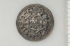 Viking round silver brooch from Skåne, Sweden (Historiska Museet)