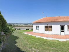 Detached 3 bedrooms villa for the farm foreman and family
