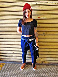 Editorial Comportamento - Meninas Skatistas / Modelo: Danielle Gimenez Latorre / Fotógrafa e Produtora: Marina Luiza R. M. Lopes
