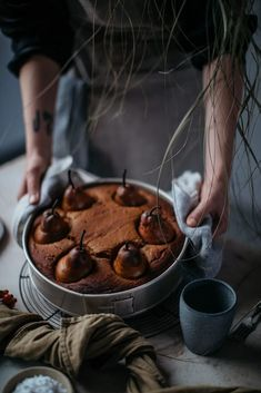 Pampas Cloud Installation with Mary Lennox in our Studio in Berlin - Our Food Stories Fall Recipes, Sweet Recipes, Photo Hacks, Dark Food Photography, Pumpkin Cake Recipes, Think Food, Food Styling, Food Inspiration, Baking Recipes