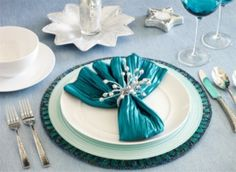 blue and white table dishes decoration