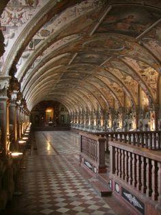 Antiquarium, Residenz München