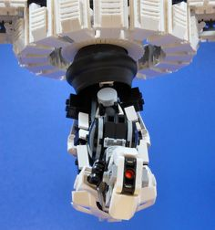 Lego Portal 2 GLaDOS