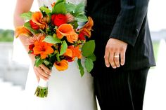 bride and groom w bouquet