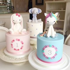 57 Trendy Baby Shower Cookies For Girl Fondant Cake Toppers Fondant Cake Toppers, Fondant Cakes, Cupcake Cakes, Simple Fondant Cake, Mini Cakes, Cake Cookies, Baby Girl Cakes, Baby Birthday Cakes, Birthday Cake With Flowers