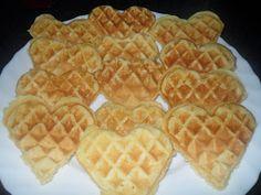 Otthoni sütés-főzés: Gofri Waffles, Breakfast, Food, Morning Coffee, Essen, Waffle, Meals, Yemek, Eten
