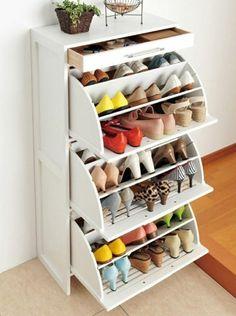 meuble chaussure ikea de couleur blanc pour le couloir