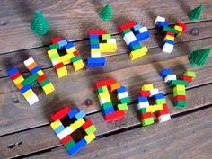 Décoration Anniversaire LEGO  Voici une idée simple et originale pour décorer une table d'anniversaire avec des briques de construction LEGO.   www.creamalice.com