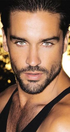 Sexy hunky male model with beautiful green eyes and sexy facial hair, Is this Guy for REal. Male Eyes, Male Face, Hairy Men, Bearded Men, Beautiful Green Eyes, Stunning Eyes, Handsome Faces, Handsome Man, Hommes Sexy
