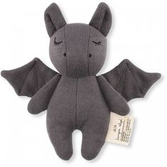 Mini Bat by Konges Slojd Oh My Word! This mini bat got us and it got us good! This sleepy knitted bat has the most beautiful embroidered features and is the perfect size for tiny hands to grasp onto. The little bell inside will playfully stimulate Bugaboo, Chat Messenger, Baby Activity Toys, Gothic Baby, Baby Bats, Mini, Newborn Baby Gifts, Sensory Toys, Pet Toys