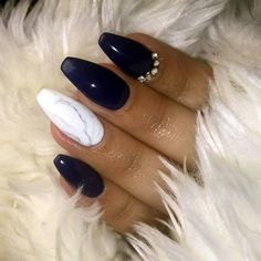 21 Midnight Blue and White Coffin Nails