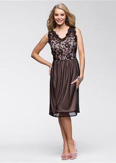 Ruha Elegáns ruha divatos csipkével • 7999.0 Ft • bonprix