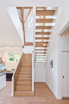 Monumental Coach House by Zecc Architects