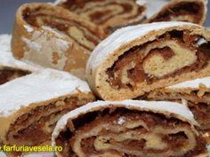 Placinta rulata cu mere (reteta video), Rețetă de Farfuriavesela - Petitchef Romanian Food, Apple Pie, Sandwiches, Tasty, Bread, Traditional, Breakfast, Cake, Sweet