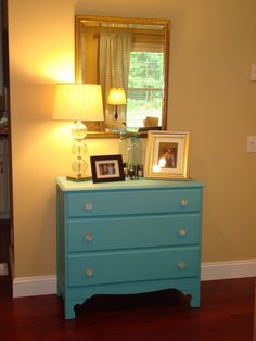 Refurbished Teal Dresser, great idea to spice up the old furniture in our master bedroom. Matches perfectly with the duvet set we are going to purchase! Teal Painted Dressers, Teal Dresser, Dresser As Nightstand, Furniture Plans, Cool Furniture, Painted Furniture, Playroom Paint Colors, Credenza Decor, Yellow Walls