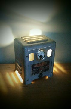 AMC77 Davenset battery charger lamp (steampunk industrial)