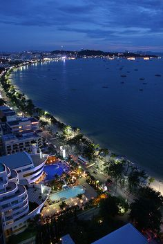 Pattaya Beach #Thailand Been here.... Gorgeous!!!!