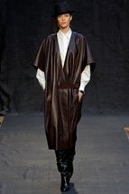 Hermès Parigi - Collections Fall Winter - Shows - Vogue. Hermes, Fashion Show, Fashion Outfits, Fashion Design, Vogue, Heritage Brands, Fashion Fabric, Designer Collection, Autumn Fashion