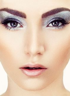 Glitter eyes by luis casco makeup