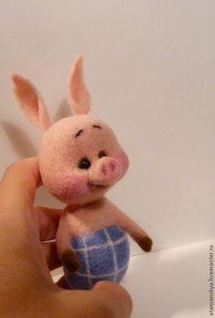 Купить Малыш Пятачок - бледно-розовый, розовый, Пятачок, винни, мультфильм, мультяшные герои, поросенок