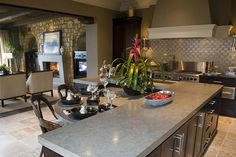 Kitchens.com - Wall Surfaces - 15 Essentials to a Luxury Kitchen - Photos