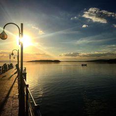#l4l#lake#lago#trasimeno#sunset#tramonto#amazing#autumn#autunno#bellissimo#beautiful#sky#cielo#clouds#nice#mylife#mystyle#italia#italy#romantica#romantic#boot#barca#life#vita#heart#cuore#remember#ricordo by f_h_d_f_e