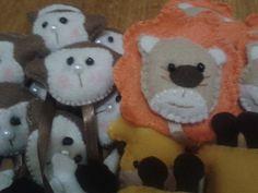 Marcadores de pagina, Macaco e Leão.