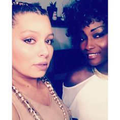 Avec ma chewiiiieee!!! ❤️ #friend #friends #friendship #metissage #metisse #africangirl #mixedgirl #lareunion #curlyhair #afrohair #nappy #ghannabraids #boxerbraids #blondehair