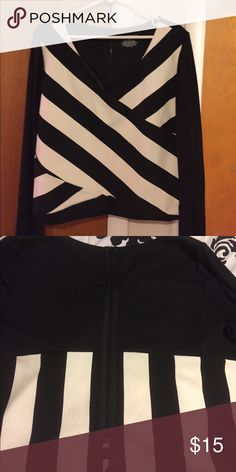 Top Short top long sleeve Black and White Lane Bryant Tops Blouses