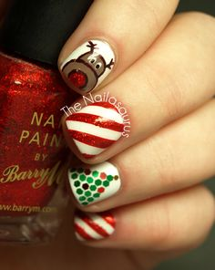 25 Christmas Nail Art Designs That You Will Love To Copy - Nail Polish Addicted Uk Nails, Xmas Nails, Love Nails, How To Do Nails, Pretty Nails, Hair And Nails, Holiday Nail Art, Christmas Nail Designs, Christmas Nail Art