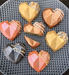 Chocolate Covered Treats, Chocolate Dipped Strawberries, Chocolate Bomb, Chocolate Hearts, Chocolate Recipes, Valentine Desserts, Valentines Food, Valentine Cookies, Holiday Desserts