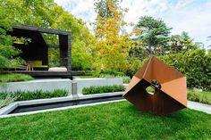 Comment créer un jardin moderne? C'est simple, les mots clefs de la réussite du style moderne sont :créativité, vaste espace,architecturé,contradiction… voyons ensemble.  A quoi ressemble un jardin moderne? Comment l'identifier ?  Le jardin, dit destyle moderne, est l'un de mes préférés.