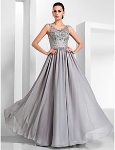 TS Couture® Formal Evening / Military Ball Dress - Vintage Inspired / Elegant Plus Size / Petite A-line / Princess V-neck Floor-length Chiffon / Tulle – USD $ 256.50
