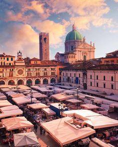 20 motivi per cui Brescia è davvero la peggior città d'Italia Taj Mahal, Paradise, Louvre, Europe, Landscape, Sloth, Building, Travel, Outdoor