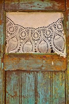 ‿✿⁀°•weathered wood and lace