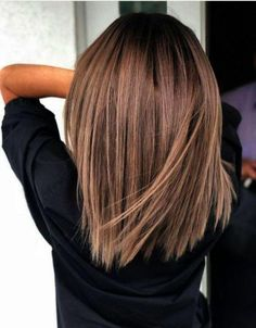 Hair Color Ideas for Short Hair Brunettes – Hair Color Ideas for Short Hair Brunettes – color Informations About Haarfarbe Ideen für kurze Haare Brunettes … Cute Medium Length Haircuts, Medium Hair Cuts, Medium Hair Styles, Short Hair Styles, Haircut Medium, Cute Haircuts, Medium Haircuts For Women, Long Bob Haircuts With Layers, Hair Cuts Thick Hair