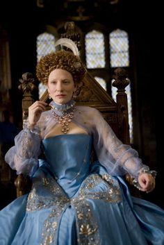 Tudor - Cate Blanchett as Queen Elizabeth I. Elizabeth I, Elizabeth Movie, Elizabeth The Golden Age, Theatre Costumes, Movie Costumes, Cool Costumes, Ballet Costumes, Amazing Costumes, Party Costumes