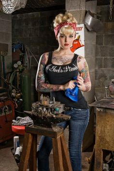 LOVE this look ....   Pin-Up Rockabilly Girls
