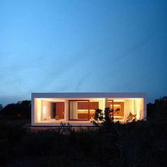 Marià Castelló Martinez designed and built this beautiful minimalist house for himself on on the Spanish island Formentera