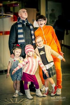 Despicable Me costumes - decorating-by-day