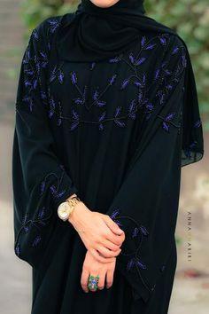 Burqa Designs, Abaya Designs, Abaya Fashion, Muslim Fashion, Fashion Outfits, Hijab Style, Abaya Style, Modern Abaya, Modele Hijab
